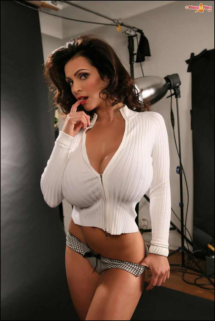 Denise milani naked teacher opinion